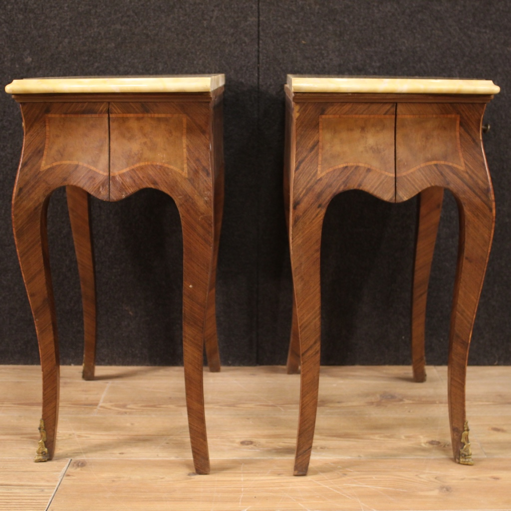 Coppia di comodini stile antico Luigi XV mobili tavolini ...